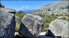 La Sierra de La Cabrera - granite boulders