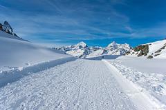 Winterwanderweg zwischen Rotenboden und Riffelberg (© Buelipix)