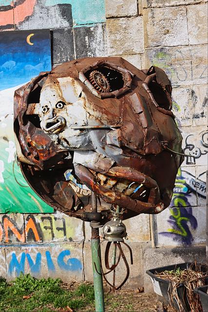 1 (41)a..austria vienna ...am kanal..art...statue