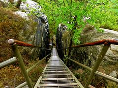 Wandern auf schwindelnden Höhen - Hiking on dizzying heights - HFF