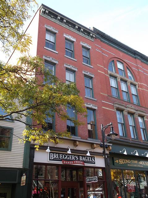 Bagels facade / Façade appétissante