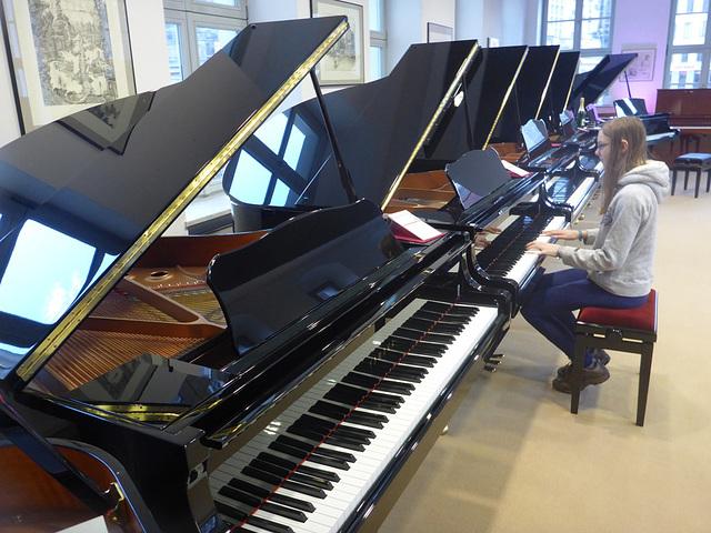 Dresdner Pianosalon an der Frauenkirche
