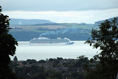 "Princess Cruises ""Royal Princess"" departs Queensferry"