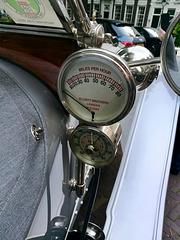 Rolls-Royce speedometer