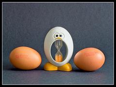 Have an Eggcellent Weekend..!!