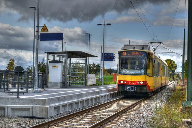 Stadtbahn S8 bei Eutingen