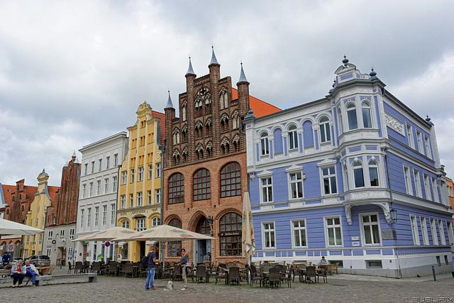 am Alten Markt, Stralsund (© Buelipix)