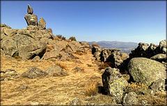 El Fraile, Las Machotas with dry-stone wall.