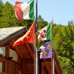 Bousson - bandiere di accoglienza -  (692)