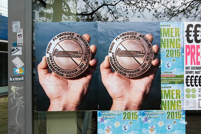 plakat-1200908-co-30-04-15