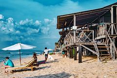 Simple but nice stay on Balangan beach