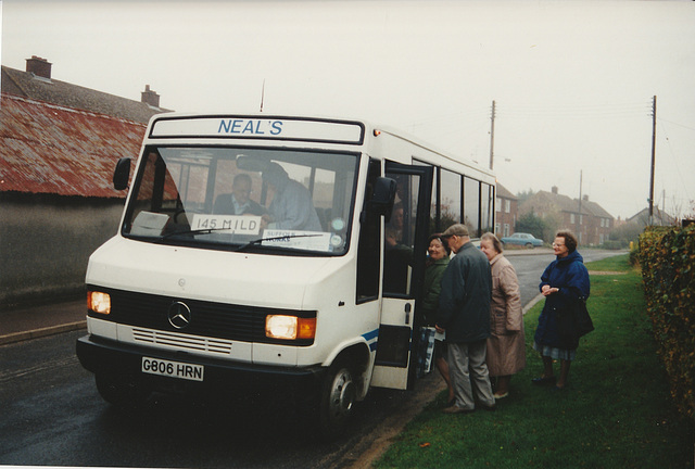 Neal's Travel G806 HRN in Barton Mills - 4 Nov 1994