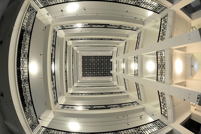 Das Treppenhaus der Handwerkskammer (3xPiP)