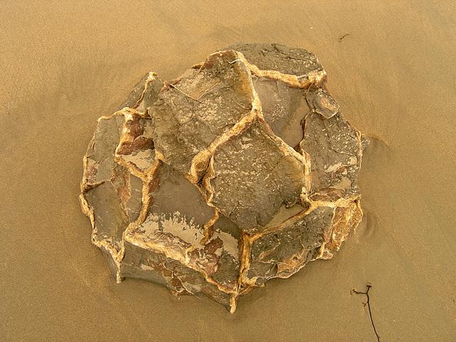 Moeraki boulders - boulder crumbling away