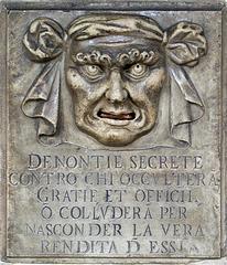 """""""Bouche de lion"""" pour dénonciations anonymes"""