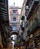 Napoli : Spaccanapoli e la via dei presepi - (835)