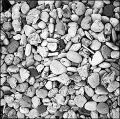 Pebbles, Pwyldhu