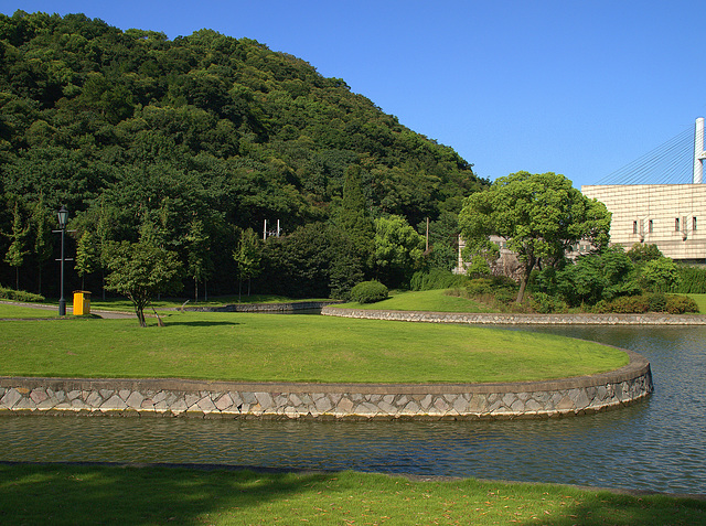 Zhenhai Memorial Park