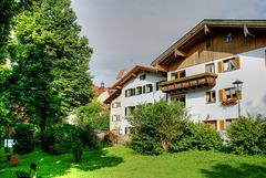 Am Lech. Häuser am Lechufer in der Floßergasse.  ©UdoSm