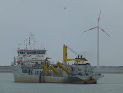 Alexander von Humboldt at Zeebrugge (1) - 31 May 2015