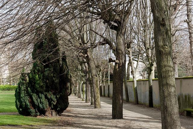 Le parc du cimetière de Picpus