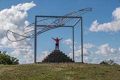 """Am Denkmal von Otto Lilienthal - """"Erste Flüge"""""""