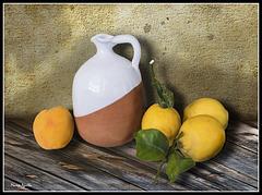 Jarro con limones