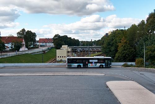 Busbahnhof Billstedt --- parkplatz-1210779-co-27-09-15
