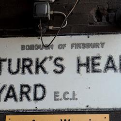 Turk's Head Yard EC1