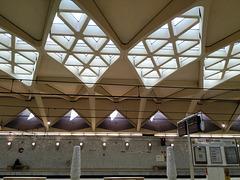 Valencia:  estación de metro Alameda, 2