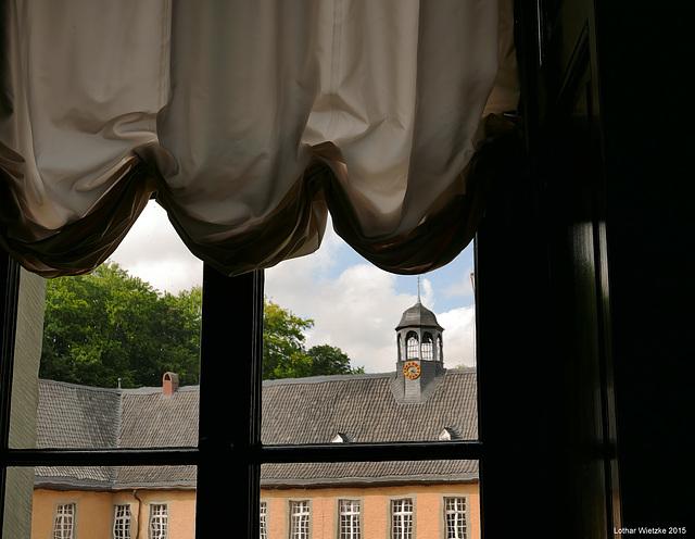 Blick zur Vorburg