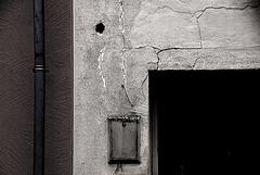 Risse in der Wand