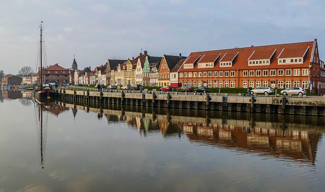 Glückstadt.........(Deuschtland)....Le village du bonheur ......la der.