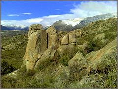 Sierra de La Cabrera. Snow and granite
