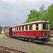 Diesel-Triebwagen 137 322 mit Personenwagen als Beiwagen