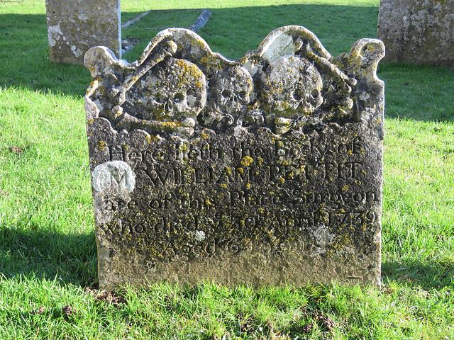 elham church, kent,  skulls and bones on c18 tomb, tombstone, gravestone of william pettit +1739 (9)