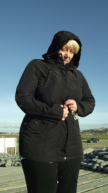 Mandi all wrapped up to keep warm