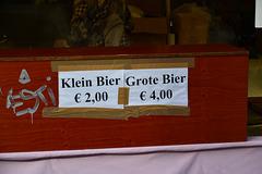 Leidens Ontzet 2015 – Klein Bier € 2,00 Grote Bier € 4,00