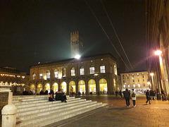 Sorrisi e amore in Piazza Maggiore!!