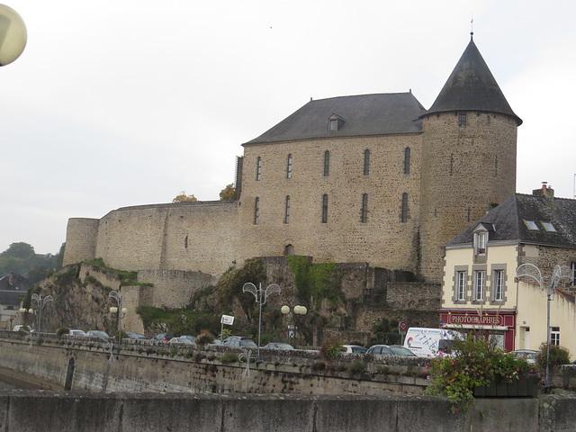 Mayenne : le château.