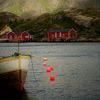 Village de pêche dans un fjord norvégien...