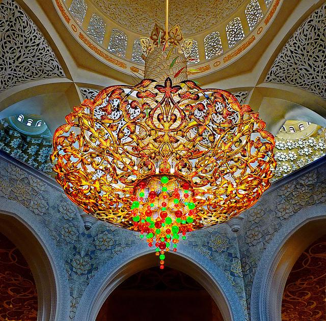 All kind of glass : SPC 2/2018 - 1° place - 6 vote -  super lampadario Swarovski in Abu Dhabi Sheik Zayed grand Mosque