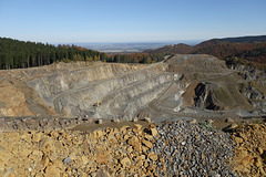 Blick in die Norddeutsche Tiefebene vom Steinbruch Harzburger Gabbro aus