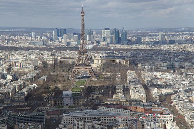 Eiffel tower, Champs de Mars, La Défense