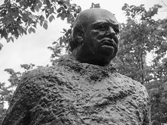 Sir Winston Churchill Square's Winston