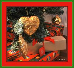 Zorionak, Feliz Navidad, Merry Christmas, Joyeux Noël,  Feliç nadal a todos los amigos-as de Ipernity