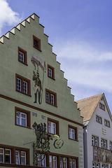 Giebel vom Hotel Mohrenpost