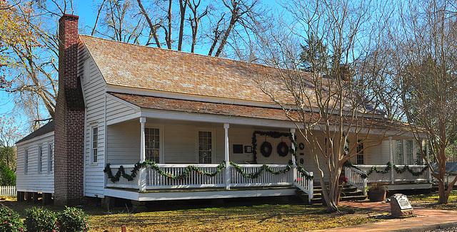 Sterne-Hoya House
