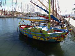 ...Quand la fantaisie anime les pêcheurs ...à Sanary...