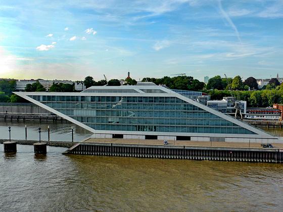 # 62 - Palace Crociere Costa Crociere - Amburgo